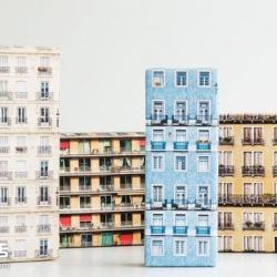 挑战包装乐趣!水平窗格的公寓包装纸设