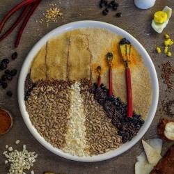 艺术家们利用各种食材DIY的创意拼贴画