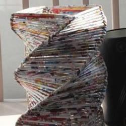 旧杂志废物利用手工DIY制作花瓶图解教程