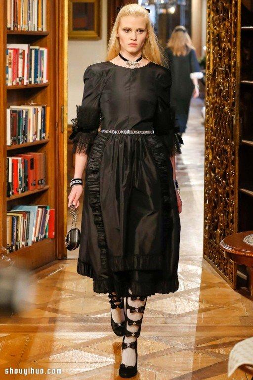 2015 早秋系列女生服装搭配设计