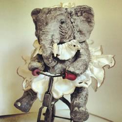 Annie Montgomerie 手工纺织动物玩偶创作