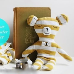 横条纹旧T恤改造DIY制作可爱布艺小熊玩具