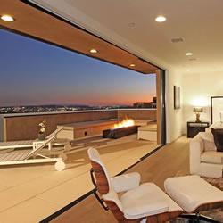 洛杉矶售价高达700万美元的三层别墅设计