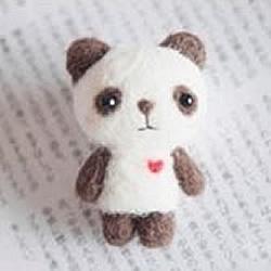 羊毛毡熊猫宝宝做法 熊猫玩偶手工制作教