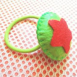 简单五角红星布艺头绳发饰手工制作图解