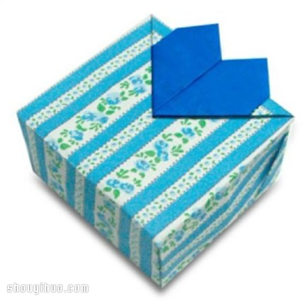 情人节折纸 心形礼物包装盒子折法图解教程 www.shouyihuo.