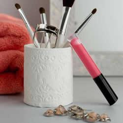 利用纸粘土自制纯白蕾丝收纳筒DIY图解教