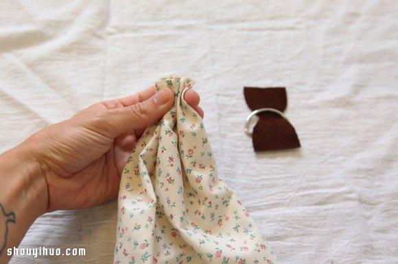 丝巾或围巾diy手工制作相机背带图解教程