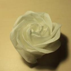手把手教你折一朵漂亮手工玫瑰花图解教程