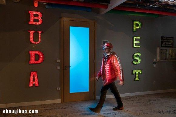 谷歌布达佩斯办公室设计 走SPA水疗路线! -  www.shouyihuo.com