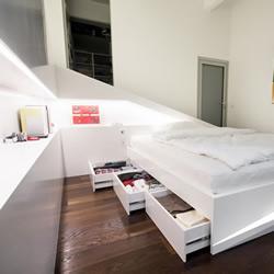 杜邦人造石打造的气势磅礡床架 Ice Bed