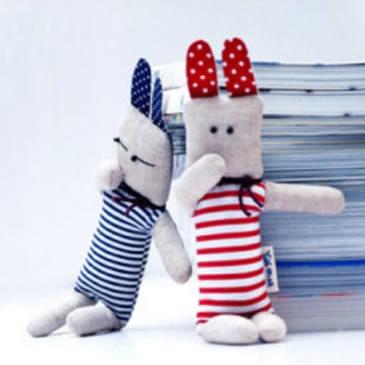 可爱的不织布兔子玩偶手工制作教程带纸样