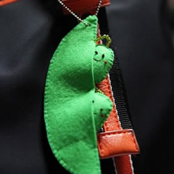 超萌的豌豆娃娃挂件手工制作教程