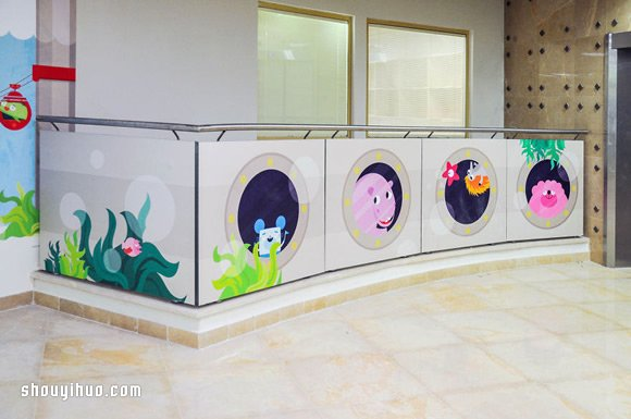 幼儿园窗户小动物