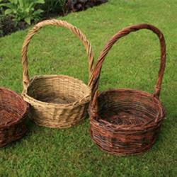 藤编篮子的方法 纯手工编织篮子的步骤图