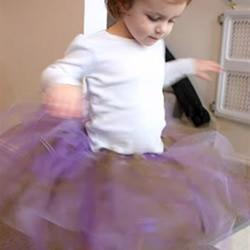 非常简单:儿童丝带裙的制作方法图解