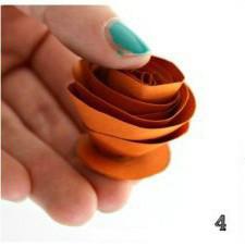 簡單卡紙玫瑰花的製作方法圖解