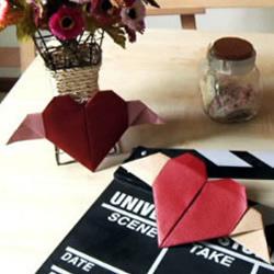 手工折纸天使爱心的折法图解教程