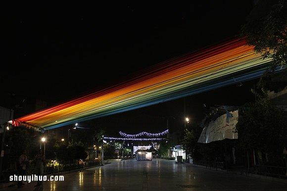抬头见彩虹 150条彩色缎带创造的美好角落