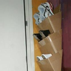 不要的纸箱废物利用 DIY制作鞋架的方法