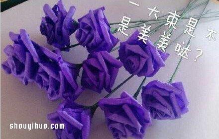 皱纹纸玫瑰花的折法 玫瑰花用皱纹纸折图解图片