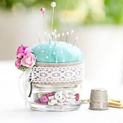 废弃玻璃罐DIY制作可爱针插的方法步骤