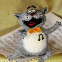 一组羊毛毡DIY制作的搞笑猫咪作品欣赏