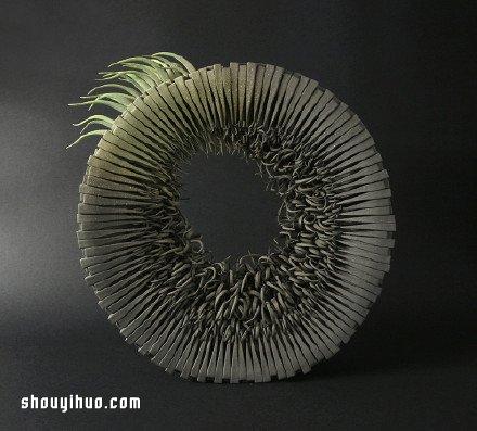 仿佛有生命的陶艺作品 呈现纸艺般的柔美效果 -  www.shouyihuo.com