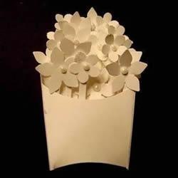 手工剪纸花DIY制作立体装饰画的方法教程