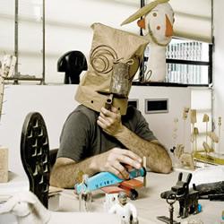 Isidro Ferrer 设计的治愈系木头玩具