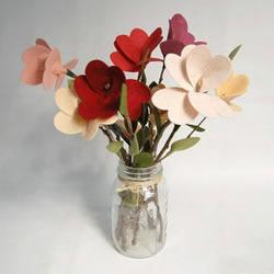 不织布花朵教程图解 手工布艺花朵制作方法