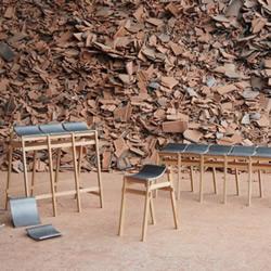 废弃的瓦片废物利用制作精美舒适的凳子