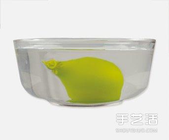科学小实验:施展魔法让气球乖乖听话 -  www.shouyihuo.com