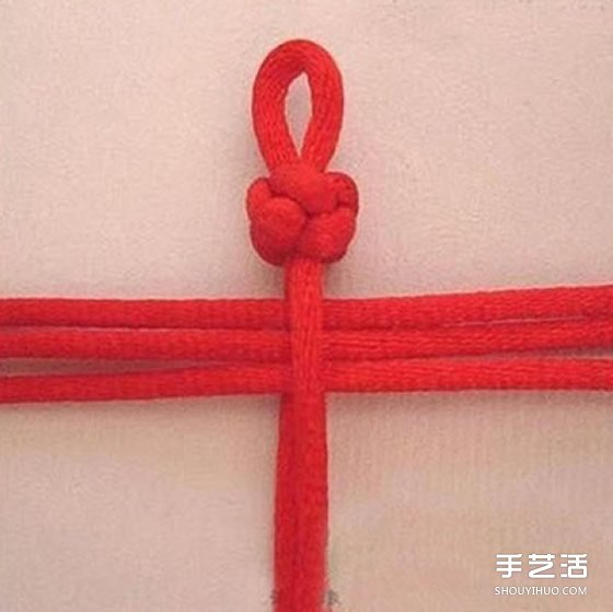 中国风红绳手链编法教程 编红绳手链的方法图解