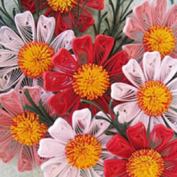 漂亮花朵图案衍纸画的制作方法过程图解