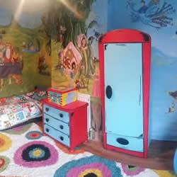 有着超感人故事背景的90个童话彩绘儿童