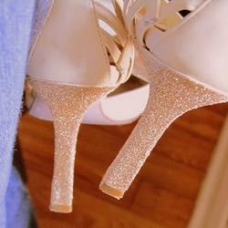 高跟鞋鞋跟手工改造DIY 让它恢复往日光彩