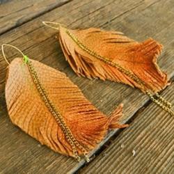 皮革羽毛挂件DIY 用皮革制作羽毛挂饰的方