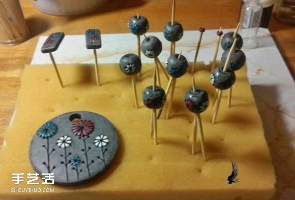 软陶项链的制作方法 超轻粘土项链diy步骤图解