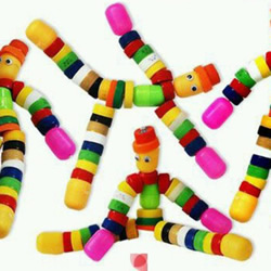 幼儿瓶盖小人手工制作 用瓶盖制作人偶的方法