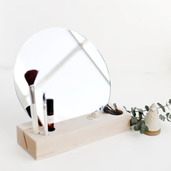 简约风格小梳妆台DIY制作方法教程 超简单