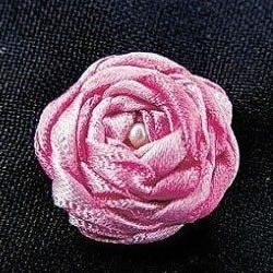 基础丝带绣教程:五角玫瑰丝带绣针法图解