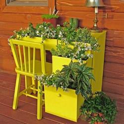 家里的旧家具怎么处理 旧家具改造花盆花架DIY
