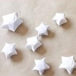 立体小星星的折法图解 装满玻璃罐送给爱的人