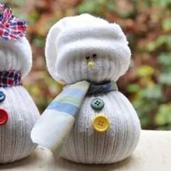 袜子雪人的制作方法 袜子娃娃雪人DIY步骤图解