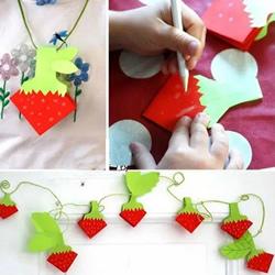 儿童折纸草莓的折法图解 可以做墙饰或项链