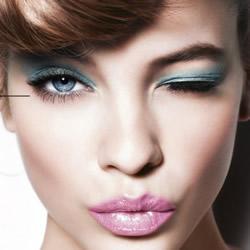 完美眼妆的画法小技巧 让你的眼神更有魅力