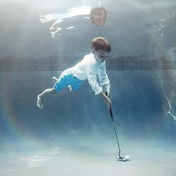 趣味儿童水底摄影 收获意想不到的摄影效果
