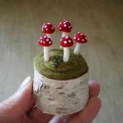 可爱风格的羊毛毡小玩意图片 做工精致细腻