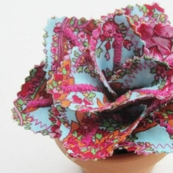 纯手工制作的漂亮布花图片 漂亮而又易打理